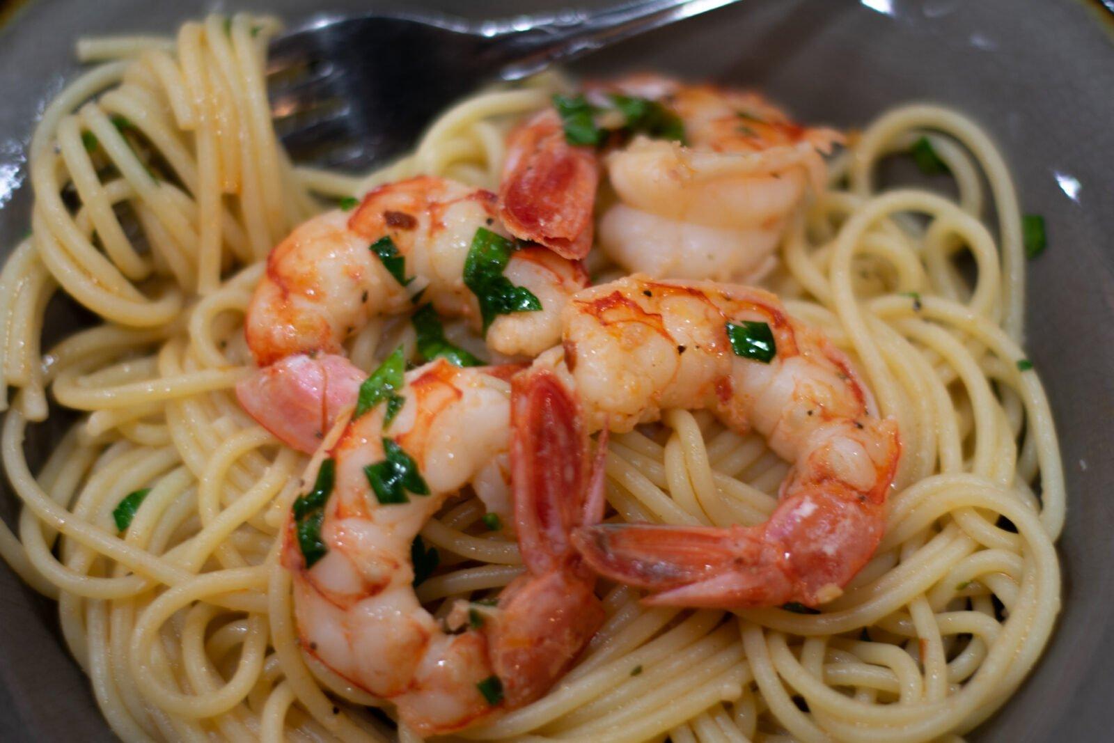 shrimp scampi ready to eat